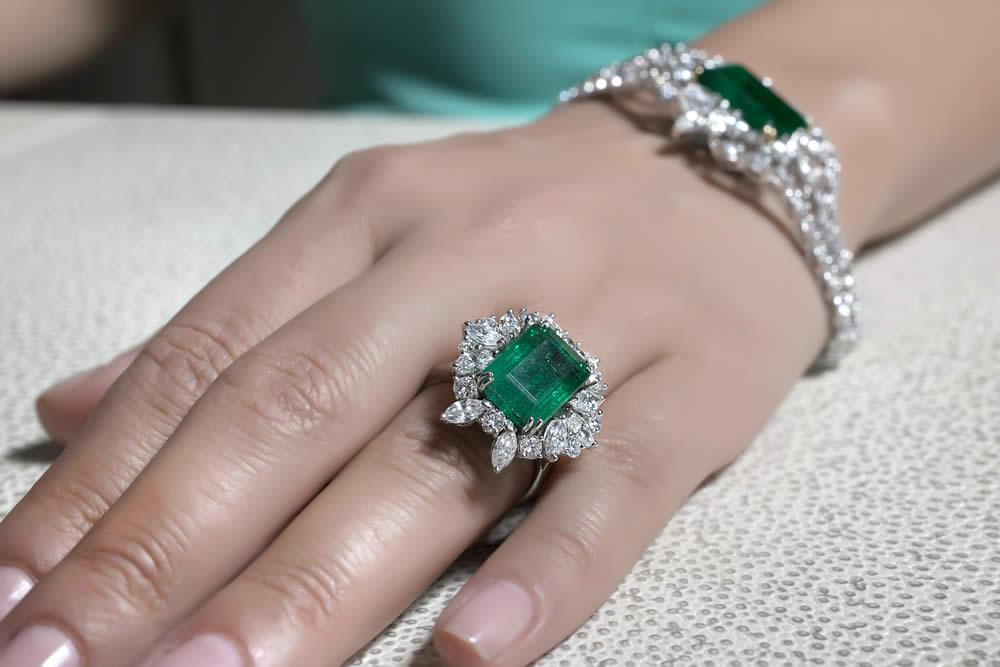 Quarantesimo Anniversario Matrimonio.Anniversario 40 Anni Di Matrimonio Nozze Di Smeraldo Idee Regalo