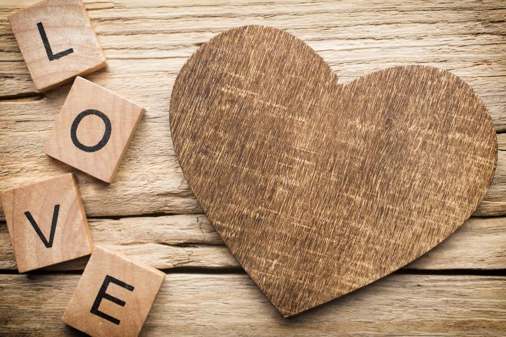 Anniversario Matrimonio Numeri Lotto.Anniversario 5 Anni Di Matrimonio Nozze Di Legno O Di Seta Regali