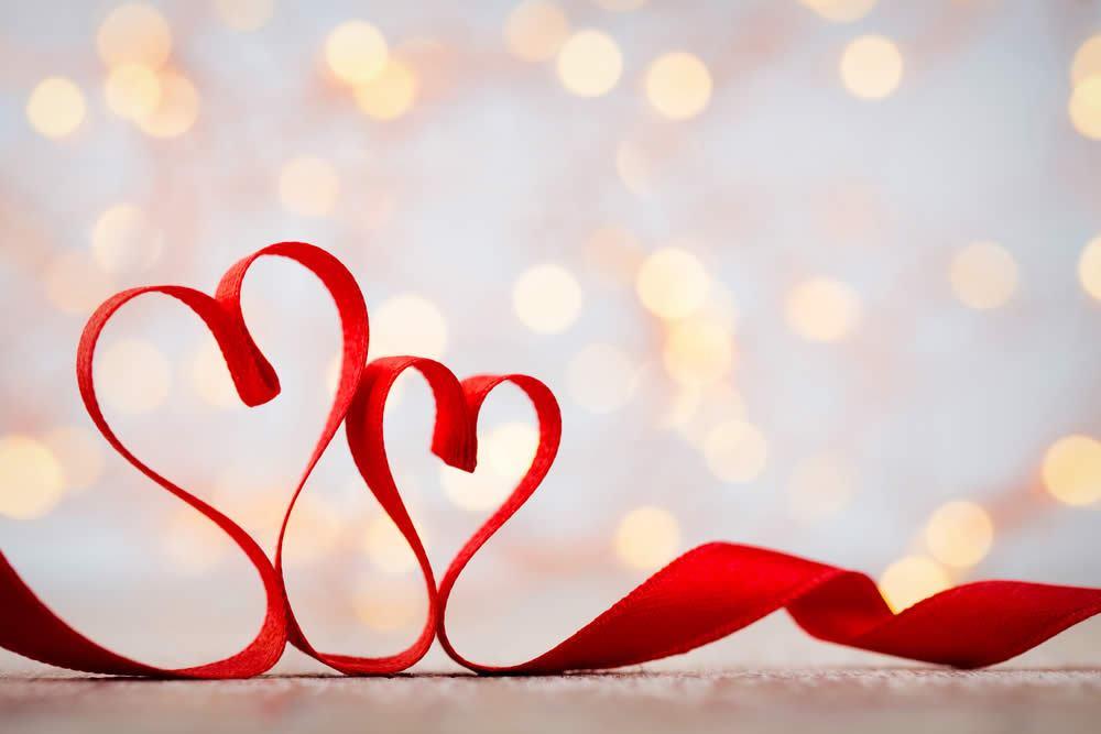 Auguri Matrimonio Amici Intimi : Anniversario 5 anni di matrimonio nozze di legno o di seta regali